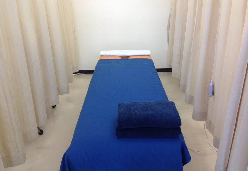 治療のベッド